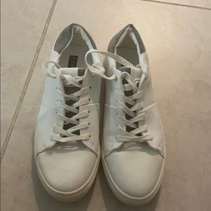 Express shoes size 11